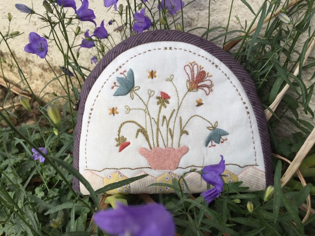 'Bee Blossom' Pouch