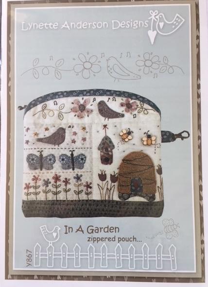 'In A Garden' zippered pouch