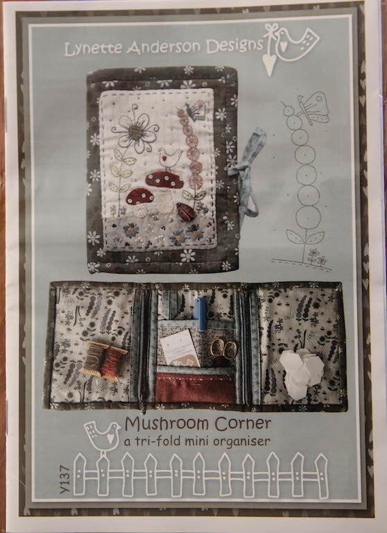 'Mushroom Corner' a tri-fold mini organiser