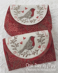 'Red Robin' pouch and jewels keep